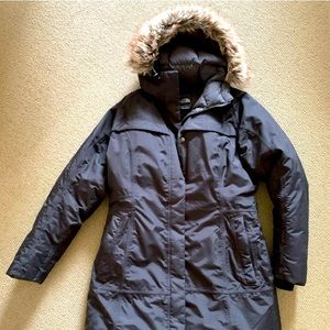 North Face parka in XL
